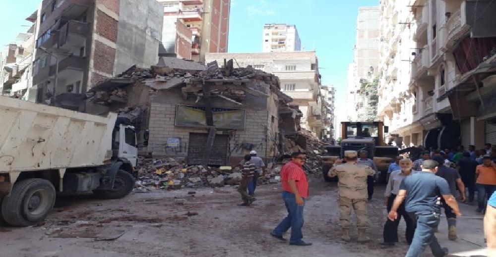 محافظ الإسكندرية: ارتفاع ضحايا انهيار عقار محرم بك إلى 3 أشخاص