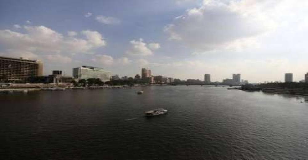 الأرصاد: طقس الغد معتدل نهارا.. والعظمى بالقاهرة 21 درجة